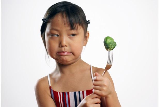 Waspadai Food Phobia (Phobia Makanan) Pada Anak