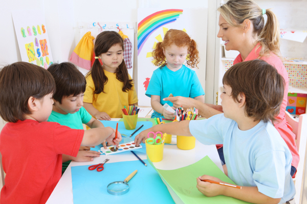 4 Hal yang Harus Diperhatikan Ketika Memilih Tempat Penitipan Anak