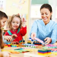 Daycare, Alternatif Pengasuhan Saat Orangtua Sibuk