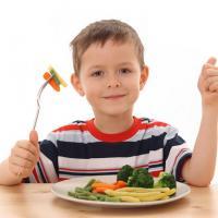 Yuk, Atur Porsi Makan Si Kecil Sebelum Terlambat