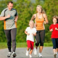 Cara Seru untuk Olahraga Bersama Anak dan Keluarga