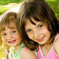 Cegah Kecemburuan Antara Kakak dan Adik
