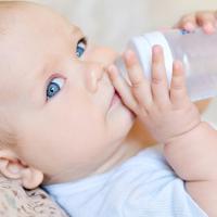 3 Gejala Bayi Mengalami Dehidrasi