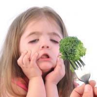 5 Tips Mengatasi Anak Pilih-Pilih Makanan