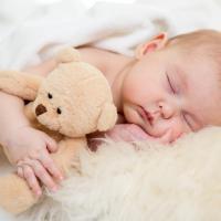 4 Tips Menidurkan Bayi