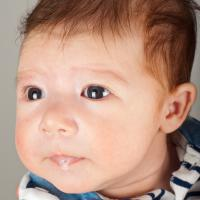 5 Penyebab Bayi sering Muntah, Khususnya Muntah ASI