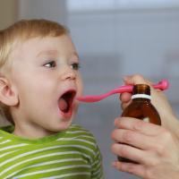 8 Trik Meminumkan Balita Obat