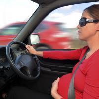 Tips Travelling Aman dengan Mobil saat Hamil