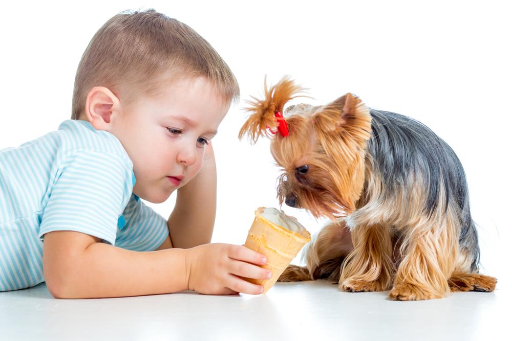4 Cara Perkenalkan Rasa Tanggung Jawab pada Anak