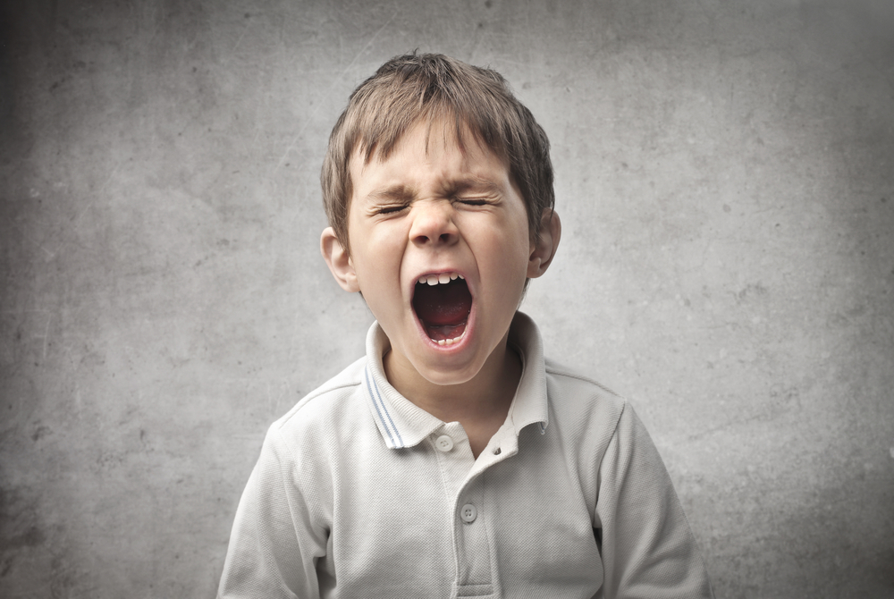 5 Cara Mengendalikan Anak yang Marah