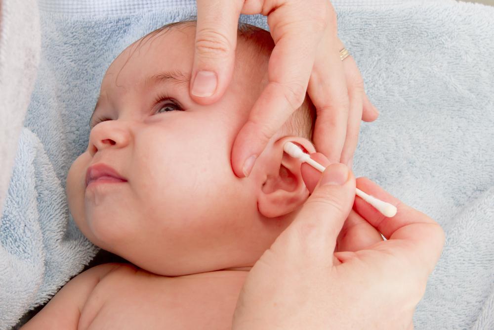 Penyebab Jika Telinga Bayi Keluar Cairan?