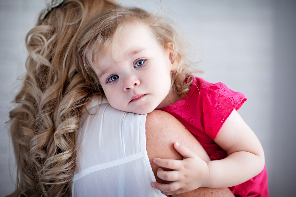 Sebab-Sebab Bayi Tak Mau Digendong Selain Ibunya