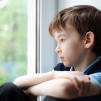 5 Cara Ajari Anak Belajar dari Perbuatan Salahnya