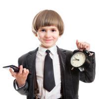 Cara Mengajari Anak untuk dapat Membagi Waktu