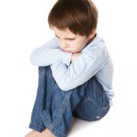 Dampingi Anak Atasi Konflik Dengan Teman