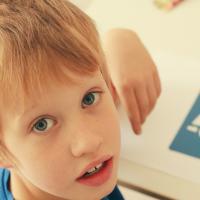 Meningkatkan Kemampuan Anak yang Sulit Belajar