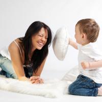 5 Cara Atasi Anak Balita Senang Memukul