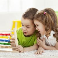 5 Hal yang Perlu Dilakukan Jika Anak Super Pemalu