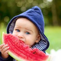 5 Buah Pilihan untuk Anak Aktif