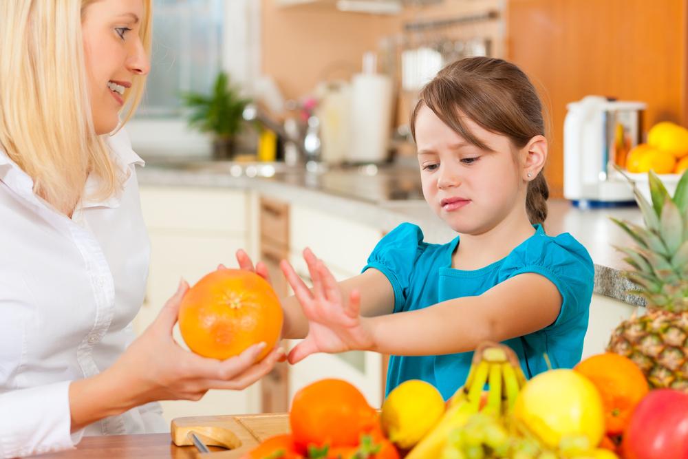 Bagaimana Cara Mengajarkan Anak untuk Tidak Membuang Makanan?