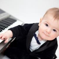 Bisakah Bayi Belajar Lewat Lagu