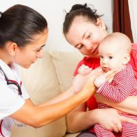 3 Tips Melindungi Bayi dari Batuk Rejan