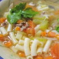 Sup Makaroni untuk Makan Siang si Kecil