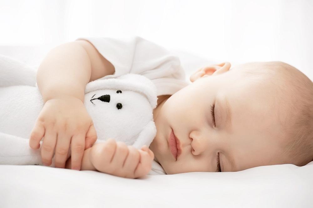 Bagaimana Pembagian Jam Tidur yang Benar Untuk Si Kecil