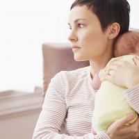 Sebab-sebab Moms Lebih Sensitif Ketika Menyusui