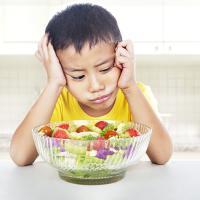 Cara Mudah Atasi Si Kecil yang Susah Makan