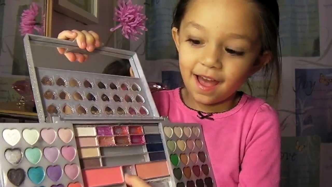 Si Kecil + Makeup = Fun Time!