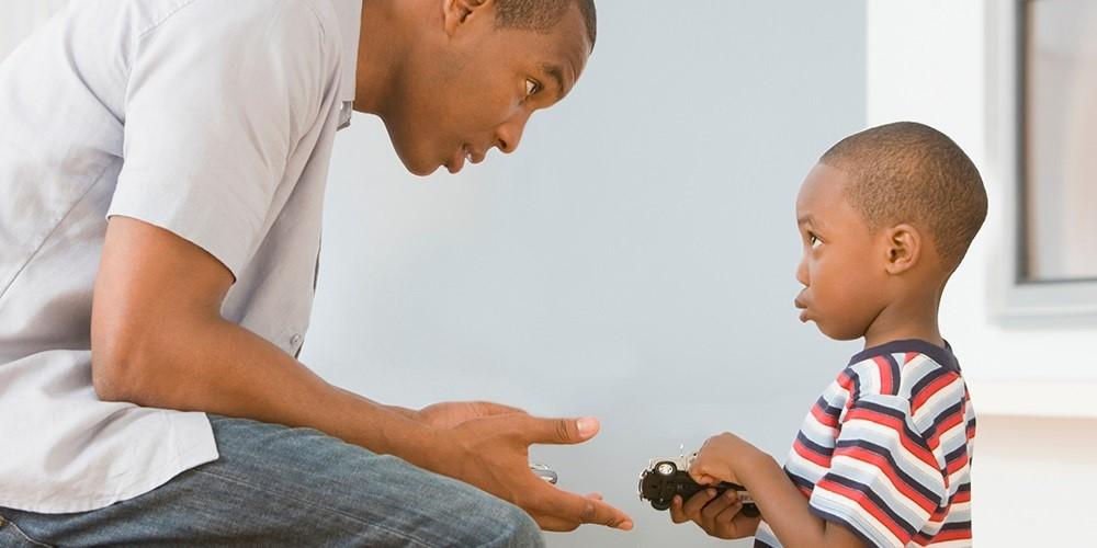 Bagaimana Cara Menjadi Sosok Dads yang Disiplin dan Adil?
