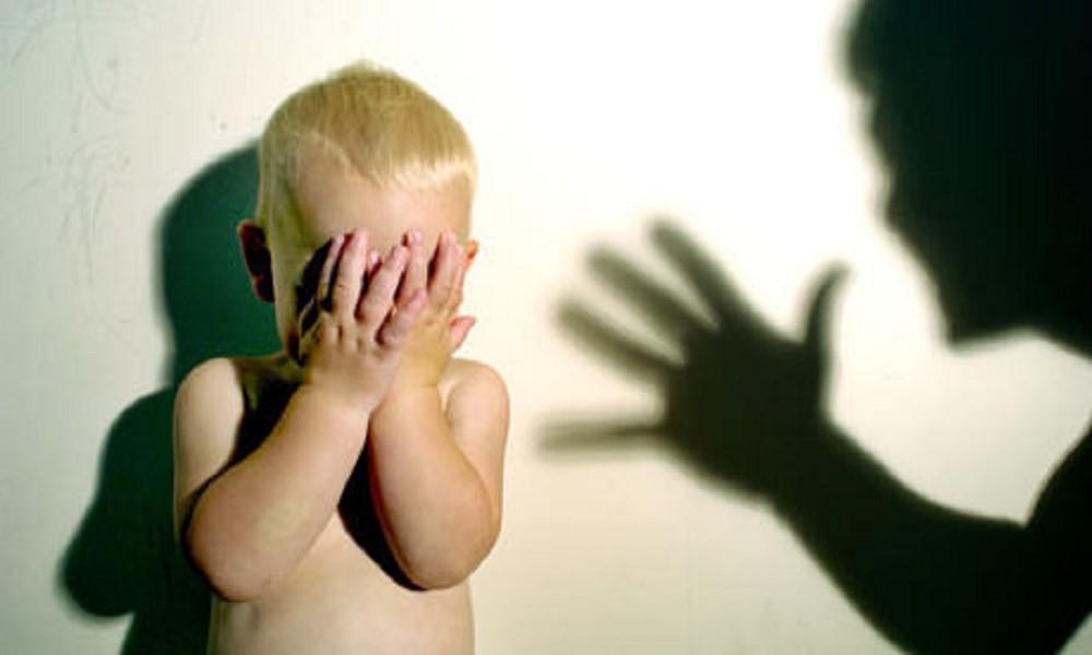 Dads, Hindari Mengucapkan Kata-kata ini Saat Menegur Si Kecil ya