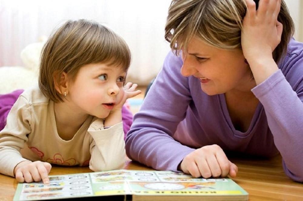Kapankah Waktu yang Tepat untuk Mengajarkan Bahasa Asing pada Si Kecil?