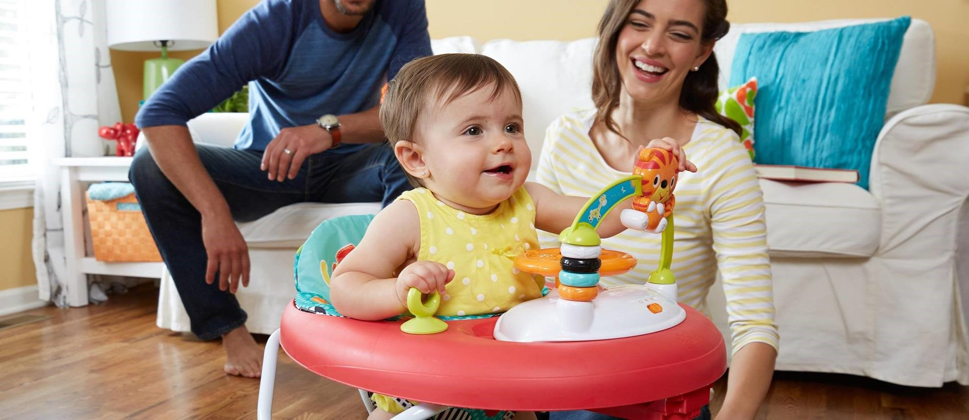 Menggunakan Baby Walker Aman atau Tidak, Ya?