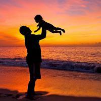 Begini Cara Menjadi Ayah yang Proaktif