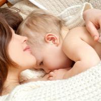 Cara Atasi Masalah Pencernaan Pada Bayi ASI