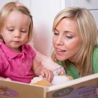 Membaca Dongeng Menjadi Lebih Menyenangkan dengan Cara-Cara Ini