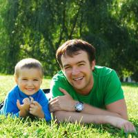 Sibuk Bekerja? Ini Tips Luangkan Waktu untuk Si Kecil