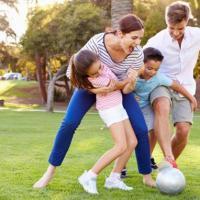Tips Agar Si Kecil Tetap Sehat Walau Bermain di Luar Rumah