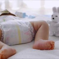 Tips Mengganti Diapers Anti Repot