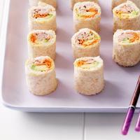Bekali Si Kecil dengan Sandwich Sushi Alpukat Ini Yuk Moms!