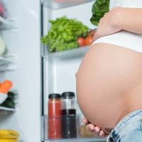 Benarkah Asam Folat Tinggi pada Ibu Hamil Bisa Membuat Si Kecil Autis?