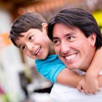 Hal-Hal Inilah yang Sebaiknya Dads Ajarkan Kepada Jagoannya
