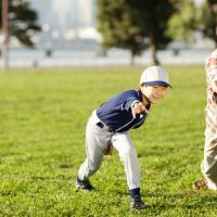 Olahraga Bersama Saat Weekend, Kegiatan Kaya Manfaat Antara Dads dan Si Kecil