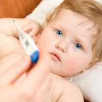 Pertolongan Pertama Saat Si Kecil yang Masih Bayi Kejang