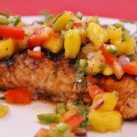 Salmon With Mango Salsa, Menu Sehat yang Akan Jadi Favorit Seluruh Anggota Keluarga