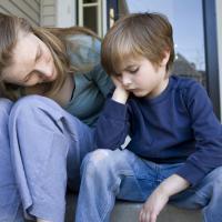 Si Kecil Sering Mengeluhkan Guru di Sekolahnya? Pakai Cara Ini untuk Menganggapinya
