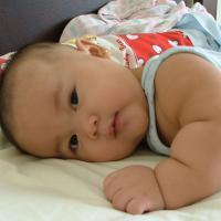 Si Kecil yang Gemuk Memang Menggemaskan, Tapi Waspadai Dampaknya Ya Moms