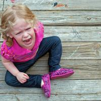 Trik Pintar Atasi Anak Tantrum di Pusat Perbelanjaan